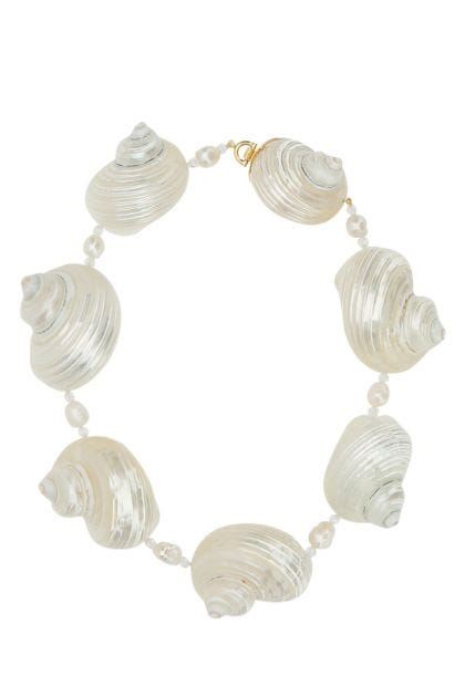 Shells and pearls necklace