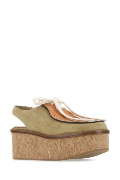 Two-tone leather wedges