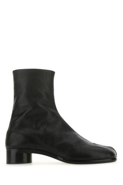 Black leather Tabi boots