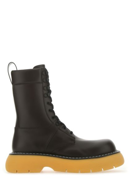 Dark brown leather Bounce boots
