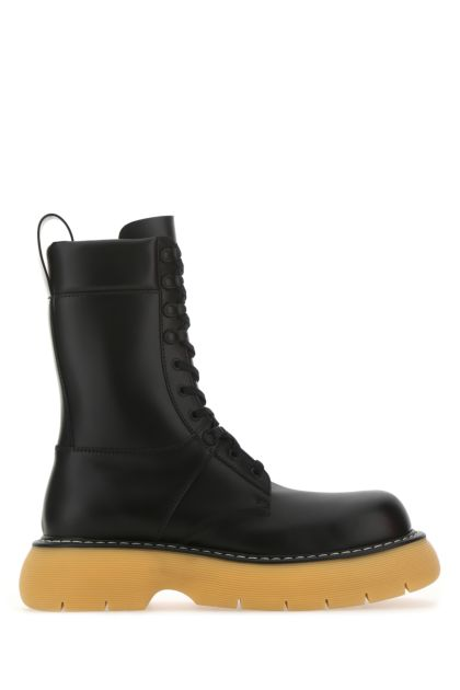 Black leather Bounce boots