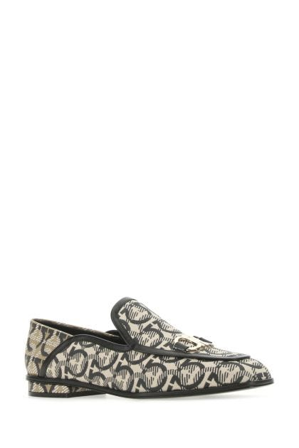Embroidered fabric Gancini loafers