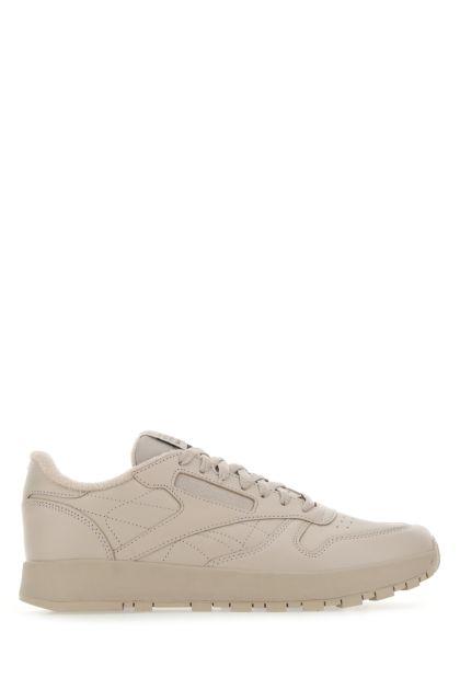 Sand leather Classic Tabi sneakers