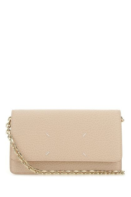 Skin pink leather clutch
