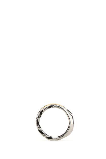 Two-tone metal ring