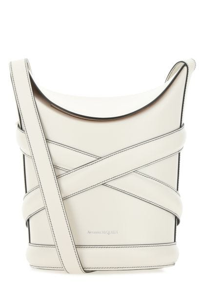 White leather The Curve bucket bag