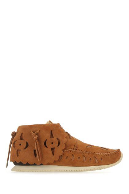 Camel suede lace-up shoes