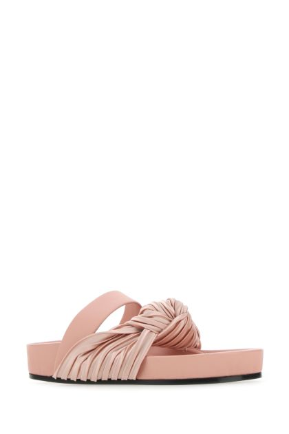 Pink leather thong slippers