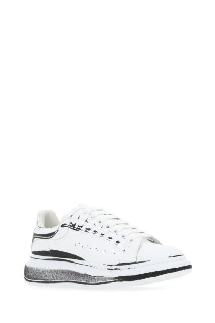 White leather sneakers with white leather heel