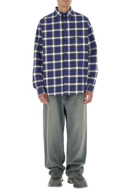 Embroidered flannel padded shirt