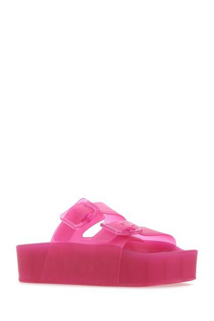 Fuchsia rubber slippers
