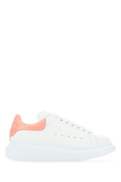 White leather sneakers with pink leather heel