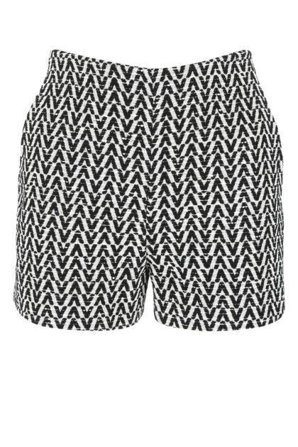 Embroidered boucle shorts