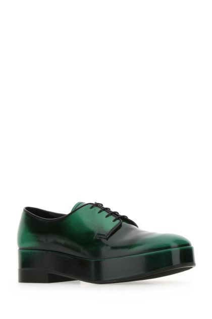 Green leather lace-up shoes