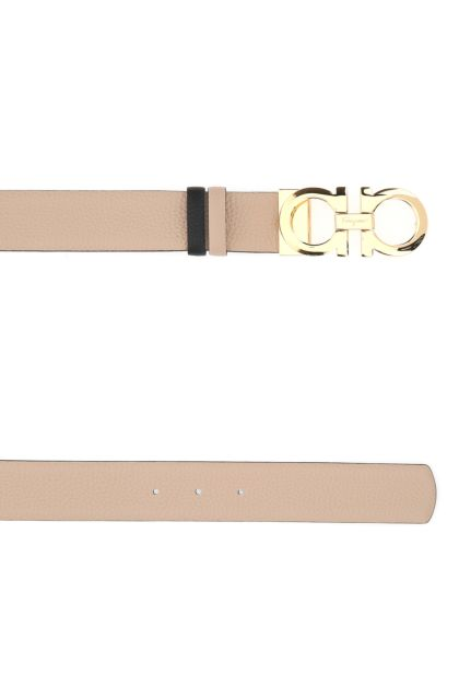 Powder pink leather Gancini reversible belt