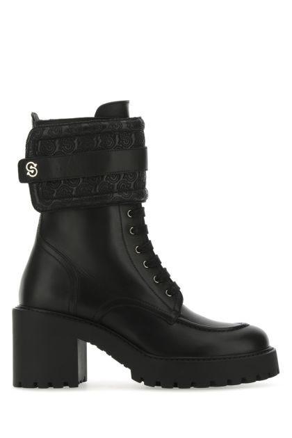 Black leather Shiraz boots