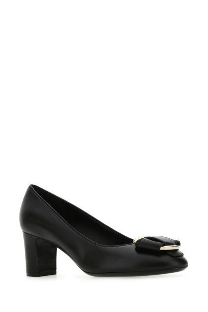 Black nappa leather Gancini pumps