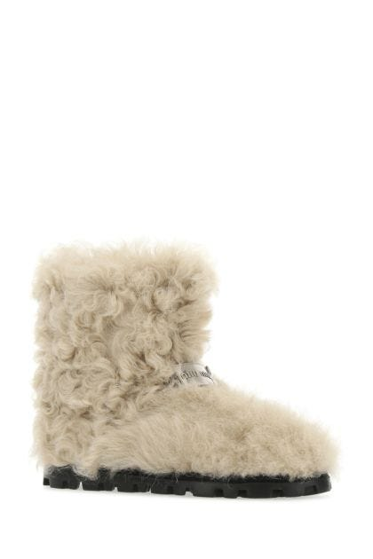 Sand shearling ankle boots