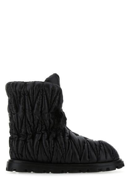 Black nylon boots