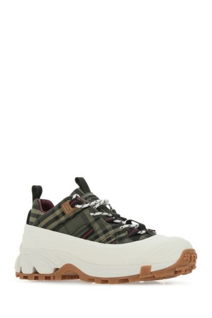 Embroidered canvas Arthur sneakers