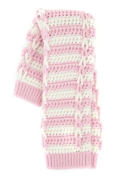 Two-tone wool sleeves