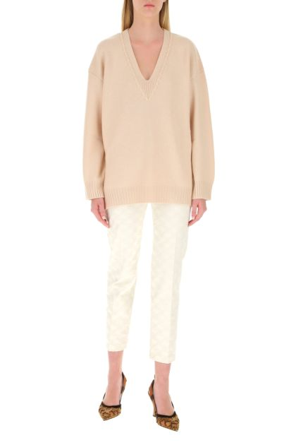 Powder pink cashmere sweater