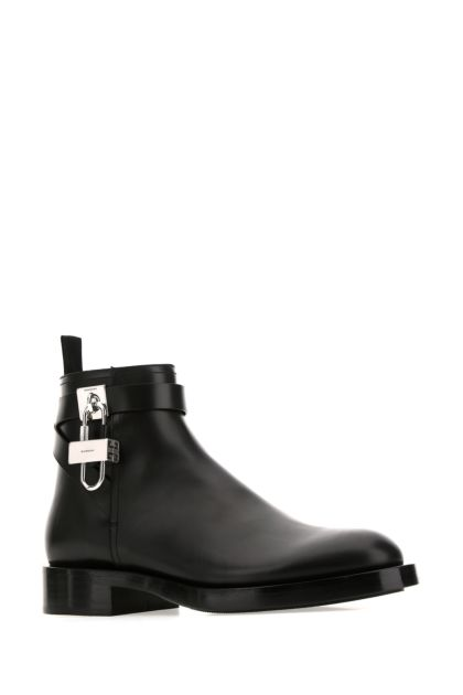 Black leather Lock ankle boots