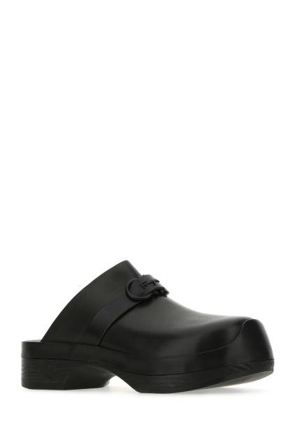 Black leather Gancini clogs