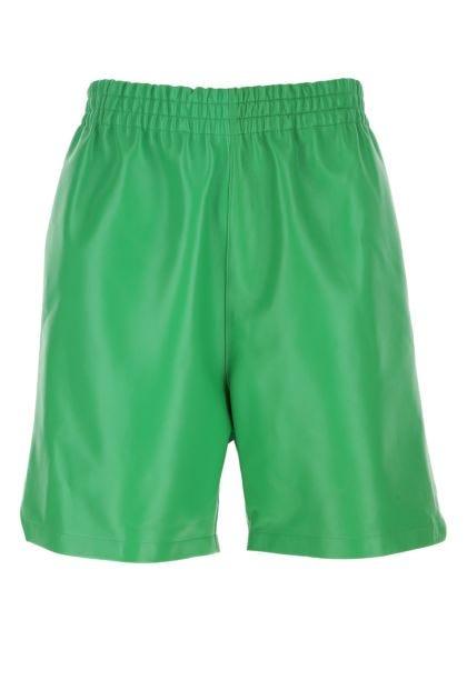 Grass green nappa leather bermuda shorts