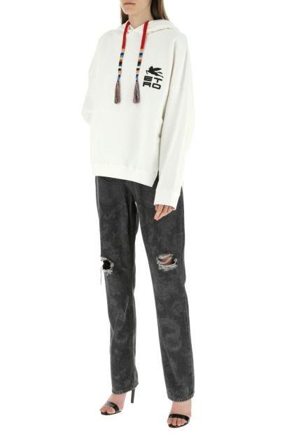White cotton sweatshirt