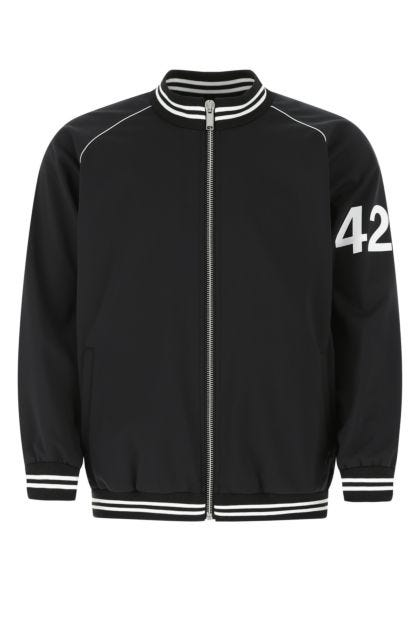 Black polyester sweatshirt
