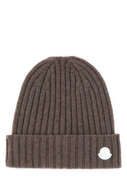 Dove grey 4 Moncler Hyke beanie hat